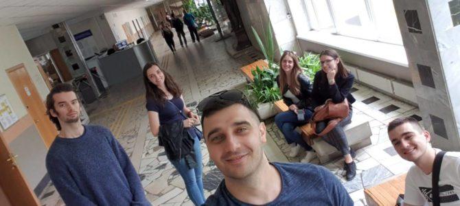 """Најбољи ученици школе """"Руски за све"""" љето проводе у Москви!"""